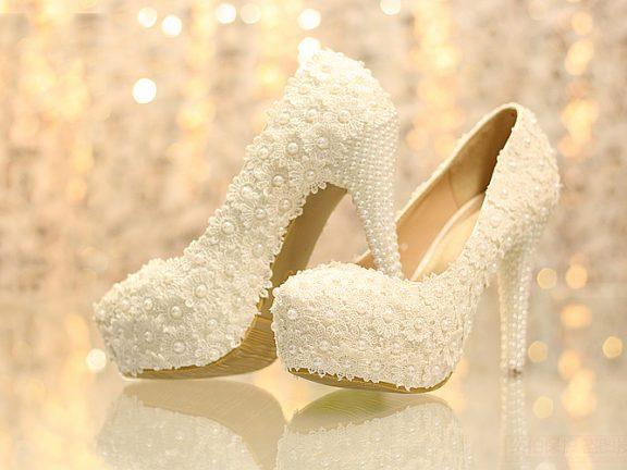 5 Jenama dan idea kasut pengantin buatan Malaysia Paling 'On Point'