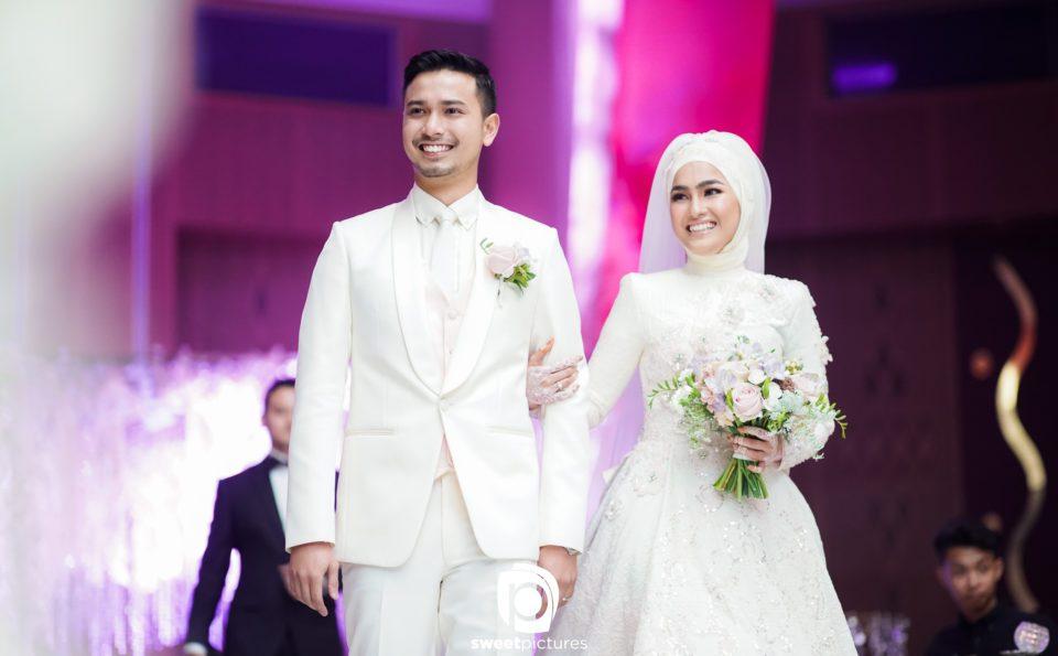 Nak Majlis Perkahwinan Sehebat Selebriti? Jom Tambah 5 Item Ini