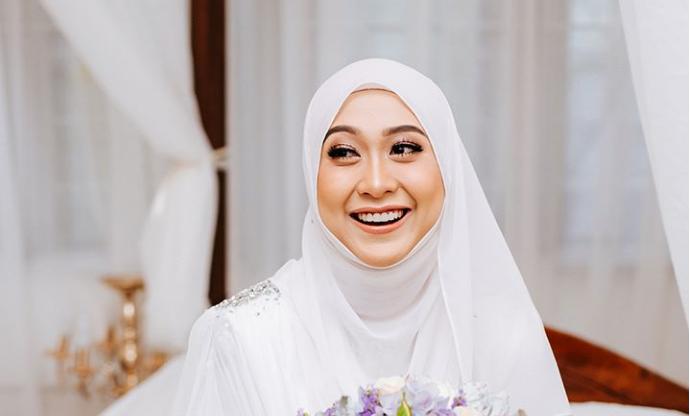 Gaya tudung paling 'cun' untuk pengantin berhijab