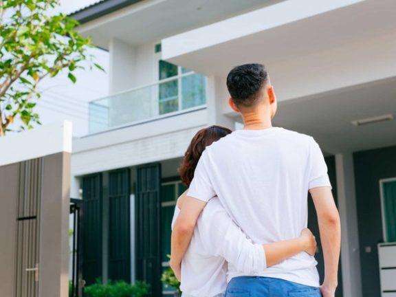 Elakkan rasa bosan dengan pasangan, serlahkan rasa sayang dengan 5 tips ini
