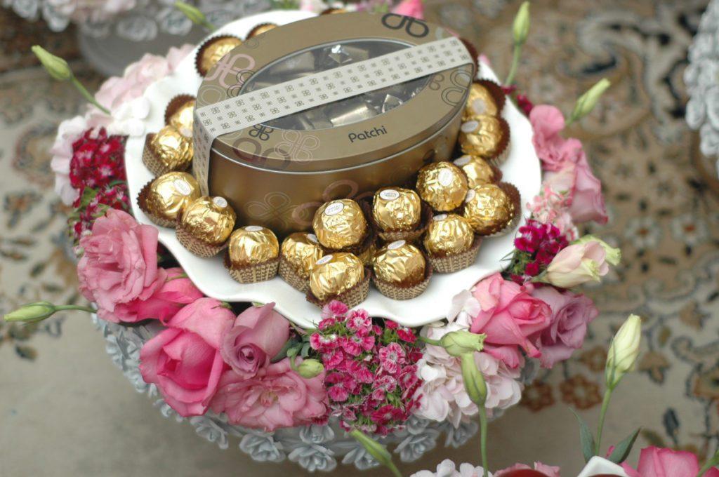 8 Inspirasi Hantaran Sedulang Coklat Yang Buat Kita Geram