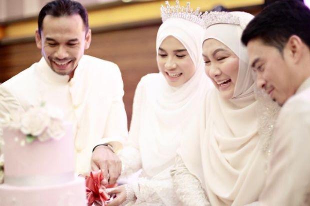 6 Rahsia hubungan suami isteri kekal bahagia walau dihimpit dugaan