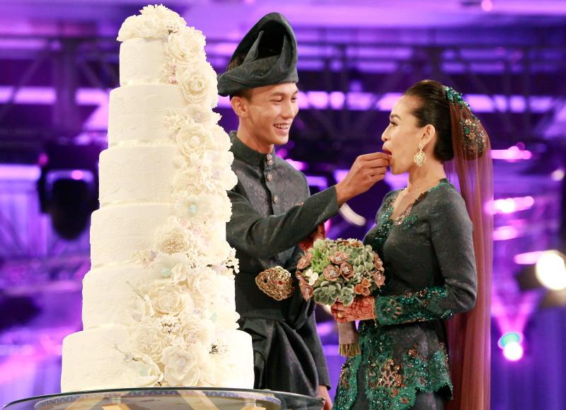 Follow Instagram ini untuk tempah kek perkahwinan yang comel & cantik