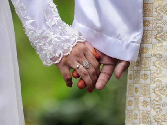 Syurga isteri terletak pada suami, suami perlu jadi pembimbing terbaik