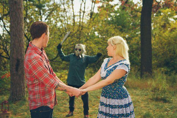 Gambar Pre-wedding paling tragis, ada scene bunuh lagi tu…