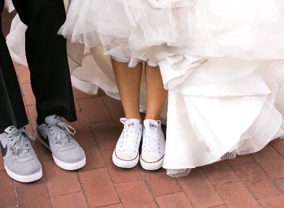 Bersanding dengan sneakers, lebih selesa, sempoi dan trendy