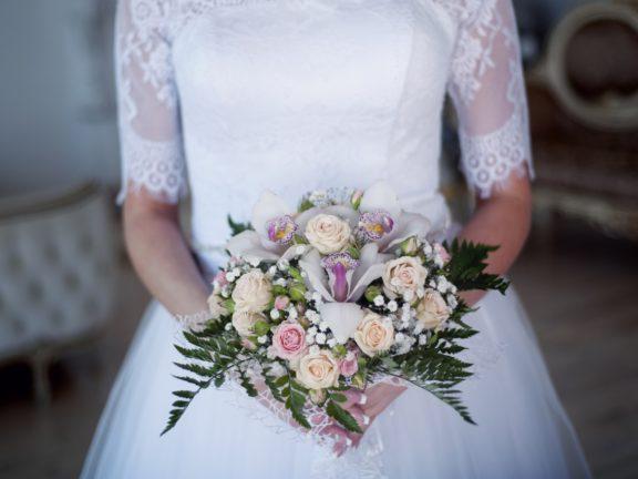 10 jenis bunga paling cantik untuk bunga tangan si ratu sehari