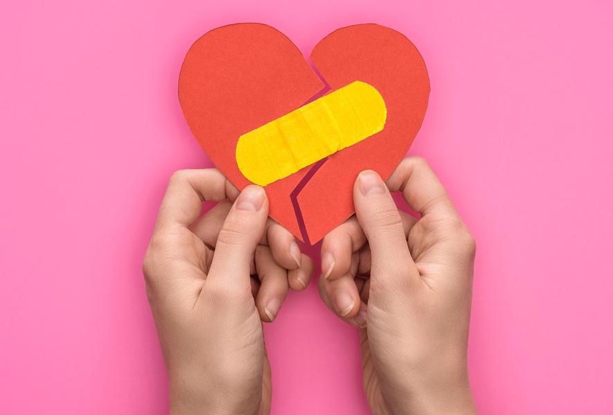 Susah nak 'move on' selepas putus cinta, boleh cuba tips ini!
